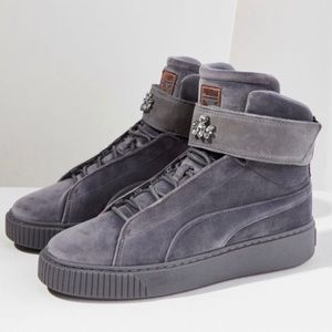 👽Puma velvet gray high tops size 8.5 NWOT Rare👽